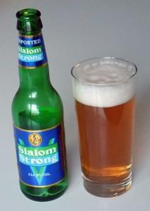 slalom-strong
